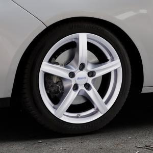 ALUTEC Grip polar-silber Felge mit Reifen in 16Zoll Winterfelge Alufelge auf silbernem Opel Adam ⬇️ mit 15mm Tieferlegung ⬇️ Industriehalle 1 Thumbnail