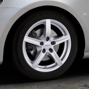 ALUTEC Grip polar-silber Felge mit Reifen in 16Zoll Winterfelge Alufelge auf silbernem Volkswagen (VW) Golf 7 ⬇️ mit 15mm Tieferlegung ⬇️ Industriehalle 1 Thumbnail