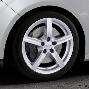 ALUTEC Grip polar-silber Felge mit Reifen in 17Zoll Winterfelge Alufelge auf silbernem Ford Focus III Typ DYB (Schrägheck) (Stufenheck) Facelift ⬇️ mit 15mm Tieferlegung ⬇️ Industriehalle 1 Thumbnail