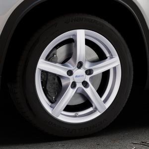 ALUTEC Grip polar-silber Felge mit Reifen in 17Zoll Winterfelge Alufelge auf silbernem Suzuki Vitara Typ LY ⬇️ mit 15mm Tieferlegung ⬇️ Industriehalle 1 Thumbnail