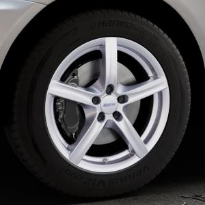 ALUTEC Grip polar-silber Felge mit Reifen in 18Zoll Winterfelge Alufelge auf silbernem Volvo XC60 Typ D ⬇️ mit 15mm Tieferlegung ⬇️ Industriehalle 1 Thumbnail