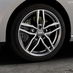 ALUTEC Ikenu graphit frontpoliert Felge mit Reifen grau mehrfarbig in 17Zoll Alufelge auf silbernem Seat Leon Typ 5F ST Facelift ⬇️ mit 15mm Tieferlegung ⬇️ Industriehalle 1 Thumbnail