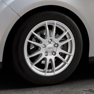 ALUTEC Monstr polar-silber Felge mit Reifen in 16Zoll Winterfelge Alufelge auf silbernem Ford Focus III Typ DYB (Turnier) ⬇️ mit 15mm Tieferlegung ⬇️ Industriehalle 1 Thumbnail