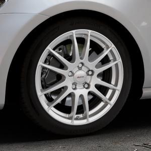 ALUTEC Monstr polar-silber Felge mit Reifen in 17Zoll Winterfelge Alufelge auf silbernem Volkswagen (VW) Golf 7 ⬇️ mit 15mm Tieferlegung ⬇️ Industriehalle 1 Thumbnail