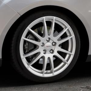 ALUTEC Monstr polar-silber Felge mit Reifen in 18Zoll Winterfelge Alufelge auf silbernem Ford Focus III Typ DYB Facelift (Turnier) ⬇️ mit 15mm Tieferlegung ⬇️ Industriehalle 1 Thumbnail
