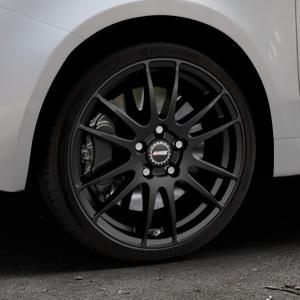 ALUTEC Monstr racing-schwarz Felge mit Reifen in 17Zoll Winterfelge Alufelge auf silbernem Fiat 500 Typ 312 Cabrio Facelift ⬇️ mit 15mm Tieferlegung ⬇️ Industriehalle 1 Thumbnail