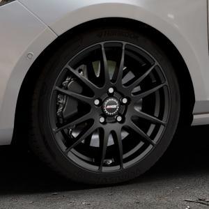 ALUTEC Monstr racing-schwarz Felge mit Reifen in 17Zoll Winterfelge Alufelge auf silbernem Ford Fiesta VII Typ JHH ⬇️ mit 15mm Tieferlegung ⬇️ Industriehalle 1 Thumbnail