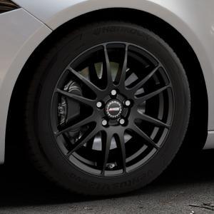 ALUTEC Monstr racing-schwarz Felge mit Reifen in 17Zoll Winterfelge Alufelge auf silbernem Mercedes A-Klasse IV Typ 177 (F2A) Schrägheck ⬇️ mit 15mm Tieferlegung ⬇️ Industriehalle 1 Thumbnail