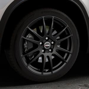 ALUTEC Monstr racing-schwarz Felge mit Reifen in 18Zoll Winterfelge Alufelge auf silbernem Suzuki Vitara Typ LY ⬇️ mit 15mm Tieferlegung ⬇️ Industriehalle 1 Thumbnail