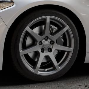 ALUTEC Pearl carbon-grau Felge mit Reifen in 18Zoll Winterfelge Alufelge auf silbernem Alfa Romeo Giulia Typ 952 ⬇️ mit 15mm Tieferlegung ⬇️ Industriehalle 1 Thumbnail
