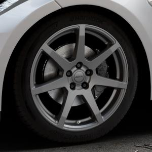 ALUTEC Pearl carbon-grau Felge mit Reifen in 19Zoll Winterfelge Alufelge auf silbernem Tesla Model S Typ 002 ⬇️ mit 15mm Tieferlegung ⬇️ Industriehalle 1 Thumbnail