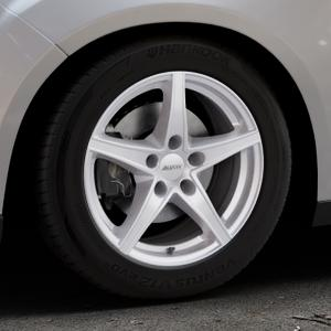 ALUTEC Raptr polar-silber Felge mit Reifen in 16Zoll Winterfelge Alufelge auf silbernem Ford Focus III Typ DYB Facelift (Schrägheck) ⬇️ mit 15mm Tieferlegung ⬇️ Industriehalle 1 Thumbnail