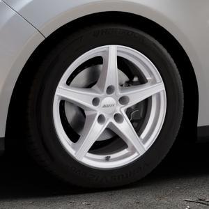 ALUTEC Raptr polar-silber Felge mit Reifen in 16Zoll Winterfelge Alufelge auf silbernem Ford Focus III Typ DYB (Turnier) ⬇️ mit 15mm Tieferlegung ⬇️ Industriehalle 1 Thumbnail
