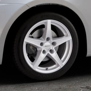 ALUTEC Raptr polar-silber Felge mit Reifen in 16Zoll Winterfelge Alufelge auf silbernem Suzuki Swift V Typ NZ FZ ⬇️ mit 15mm Tieferlegung ⬇️ Industriehalle 1 Thumbnail
