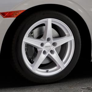 ALUTEC Raptr polar-silber Felge mit Reifen in 17Zoll Winterfelge Alufelge auf silbernem Honda Civic 10 Schrägheck (FC) ⬇️ mit 15mm Tieferlegung ⬇️ Industriehalle 1 Thumbnail