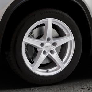ALUTEC Raptr polar-silber Felge mit Reifen in 17Zoll Winterfelge Alufelge auf silbernem Suzuki Vitara Typ LY ⬇️ mit 15mm Tieferlegung ⬇️ Industriehalle 1 Thumbnail