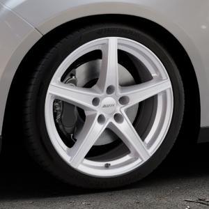 ALUTEC Raptr polar-silber Felge mit Reifen in 18Zoll Winterfelge Alufelge auf silbernem Ford Focus III Typ DYB Facelift (Schrägheck) ⬇️ mit 15mm Tieferlegung ⬇️ Industriehalle 1 Thumbnail