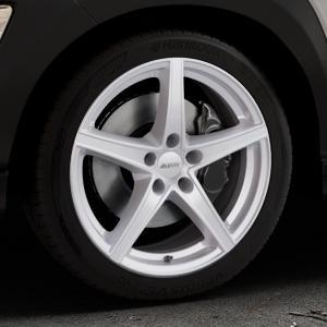 ALUTEC Raptr polar-silber Felge mit Reifen in 18Zoll Winterfelge Alufelge auf silbernem Hyundai Kona Typ OS ⬇️ mit 15mm Tieferlegung ⬇️ Industriehalle 1 Thumbnail