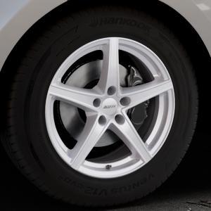 ALUTEC Raptr polar-silber Felge mit Reifen in 18Zoll Winterfelge Alufelge auf silbernem Land Rover Range Velar Typ LY ⬇️ mit 15mm Tieferlegung ⬇️ Industriehalle 1 Thumbnail