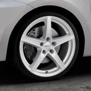 ALUTEC Raptr polar-silber Felge mit Reifen in 18Zoll Winterfelge Alufelge auf silbernem Suzuki Swift VI Typ AZ ⬇️ mit 15mm Tieferlegung ⬇️ Industriehalle 1 Thumbnail