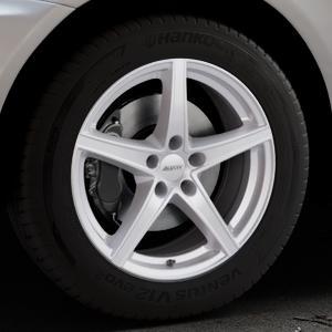 ALUTEC Raptr polar-silber Felge mit Reifen in 18Zoll Winterfelge Alufelge auf silbernem Volvo XC60 Typ D ⬇️ mit 15mm Tieferlegung ⬇️ Industriehalle 1 Thumbnail