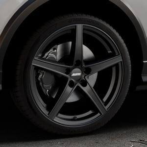 ALUTEC Raptr racing-schwarz Felge mit Reifen in 19Zoll Winterfelge Alufelge auf silbernem Audi Q2 Typ GA ⬇️ mit 15mm Tieferlegung ⬇️ Industriehalle 1 Thumbnail