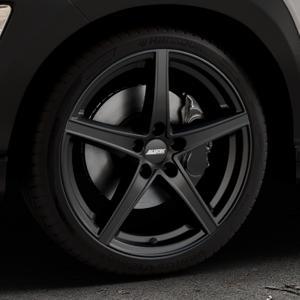 ALUTEC Raptr racing-schwarz Felge mit Reifen in 19Zoll Winterfelge Alufelge auf silbernem Hyundai Kona Typ OS ⬇️ mit 15mm Tieferlegung ⬇️ Industriehalle 1 Thumbnail