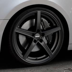 ALUTEC Raptr racing-schwarz Felge mit Reifen in 20Zoll Winterfelge Alufelge auf silbernem Audi A4 Typ B9 (Avant) ⬇️ mit 15mm Tieferlegung ⬇️ Industriehalle 1 Thumbnail
