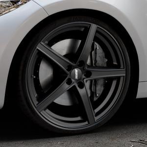 ALUTEC Raptr racing-schwarz Felge mit Reifen in 20Zoll Winterfelge Alufelge auf silbernem BMW M2 Typ F87 ⬇️ mit 15mm Tieferlegung ⬇️ Industriehalle 1 Thumbnail
