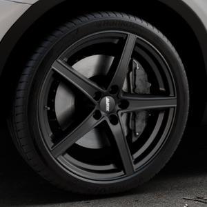 ALUTEC Raptr racing-schwarz Felge mit Reifen in 20Zoll Winterfelge Alufelge auf silbernem BMW X3 Typ F25 (X3, X-N1) ⬇️ mit 15mm Tieferlegung ⬇️ Industriehalle 1 Thumbnail