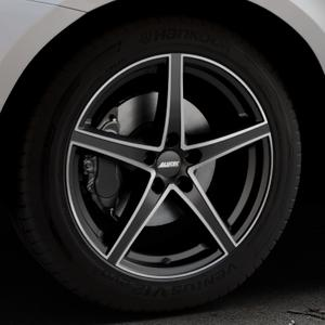 ALUTEC Raptr racing-schwarz frontpoliert Felge mit Reifen silber mehrfarbig in 19Zoll Alufelge auf silbernem Volvo XC60 Typ D Facelift ⬇️ mit 15mm Tieferlegung ⬇️ Industriehalle 1 Thumbnail
