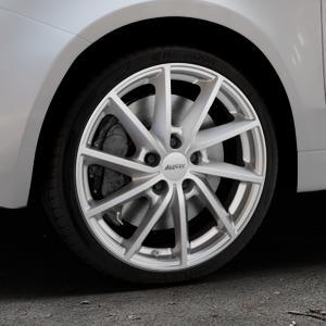 ALUTEC Singa polar-silber Felge mit Reifen in 17Zoll Winterfelge Alufelge auf silbernem Fiat 500 Typ 312 Cabrio Facelift ⬇️ mit 15mm Tieferlegung ⬇️ Industriehalle 1 Thumbnail