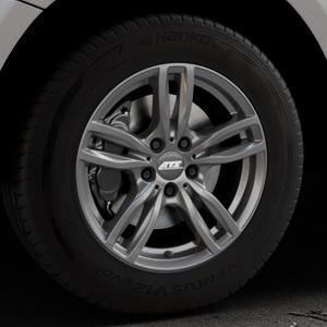 ATS Evolution dark-grey Felge mit Reifen grau in 17Zoll Winterfelge Alufelge auf silbernem Audi Q5 I Typ 8R ⬇️ mit 15mm Tieferlegung ⬇️ Industriehalle 1 Thumbnail
