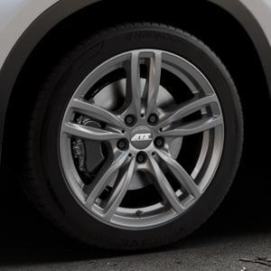 ATS Evolution dark-grey Felge mit Reifen grau in 18Zoll Winterfelge Alufelge auf silbernem BMW X1 Typ F48 (UKL-L) (F1X) ⬇️ mit 15mm Tieferlegung ⬇️ Industriehalle 1 Thumbnail