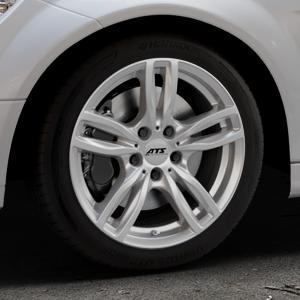 ATS Evolution polar-silber Felge mit Reifen in 17Zoll Winterfelge Alufelge auf silbernem Mercedes C-Klasse Typ W204 Limousine ⬇️ mit 15mm Tieferlegung ⬇️ Industriehalle 1 Thumbnail