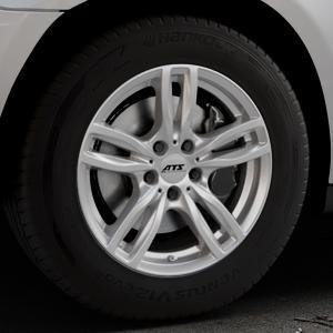 ATS Evolution polar-silber Felge mit Reifen in 17Zoll Winterfelge Alufelge auf silbernem Mercedes M-Klasse Typ W164 ⬇️ mit 15mm Tieferlegung ⬇️ Industriehalle 1 Thumbnail