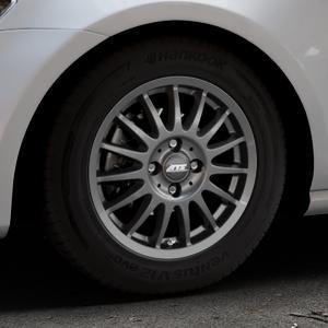 ATS Streetrallye dark-grey Felge mit Reifen grau in 15Zoll Winterfelge Alufelge auf silbernem Volkswagen (VW) Golf 7 ⬇️ mit 15mm Tieferlegung ⬇️ Industriehalle 1 Thumbnail