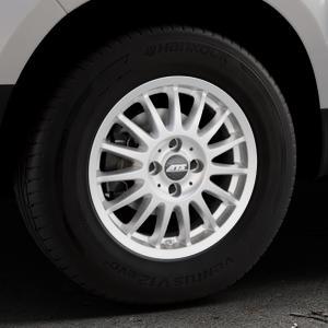 ATS Streetrallye polar-silber Felge mit Reifen in 15Zoll Winterfelge Alufelge auf silbernem Dacia Duster Typ SD ⬇️ mit 15mm Tieferlegung ⬇️ Industriehalle 1 Thumbnail
