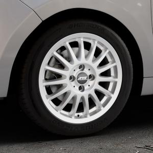 ATS Streetrallye polar-silber Felge mit Reifen in 16Zoll Winterfelge Alufelge auf silbernem Citroen C3 Picasso ⬇️ mit 15mm Tieferlegung ⬇️ Industriehalle 1 Thumbnail