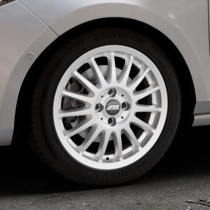 ATS Streetrallye polar-silber Felge mit Reifen in 16Zoll Winterfelge Alufelge auf silbernem Ford Fiesta VII Typ JHH ⬇️ mit 15mm Tieferlegung ⬇️ Industriehalle 1 Thumbnail