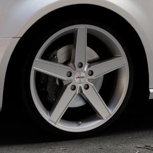 AUTEC Delano Hyper silber Felge mit Reifen in 19Zoll Winterfelge Alufelge auf silbernem Audi A3 Typ 8V (Sportback) ⬇️ mit 15mm Tieferlegung ⬇️ Industriehalle 1 Thumbnail