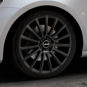 AUTEC Fanatic Schwarz matt Felge mit Reifen in 18Zoll Winterfelge Alufelge auf silbernem Volkswagen (VW) Golf 7 ⬇️ mit 15mm Tieferlegung ⬇️ Industriehalle 1 Thumbnail