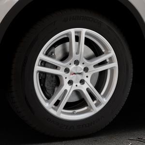 AUTEC Mugano Brillantsilber lackiert Felge mit Reifen in 17Zoll Winterfelge Alufelge auf silbernem Volkswagen (VW) Tiguan II Typ 5N Allspace ⬇️ mit 15mm Tieferlegung ⬇️ Industriehalle 1 Thumbnail