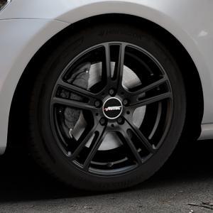 AUTEC Mugano Schwarz matt Felge mit Reifen in 17Zoll Winterfelge Alufelge auf silbernem Volkswagen (VW) Golf 7 ⬇️ mit 15mm Tieferlegung ⬇️ Industriehalle 1 Thumbnail