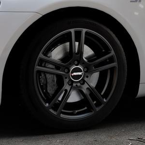 AUTEC Mugano Schwarz matt Felge mit Reifen in 17Zoll Winterfelge Alufelge auf silbernem Volkswagen (VW) Scirocco III Typ 13 ⬇️ mit 15mm Tieferlegung ⬇️ Industriehalle 1 Thumbnail