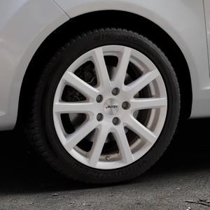 AUTEC Skandic Brillantsilber lackiert Felge mit Reifen in 16Zoll Winterfelge Alufelge auf silbernem Ford Fiesta VI Typ JA8 ⬇️ mit 15mm Tieferlegung ⬇️ Industriehalle 1 Thumbnail