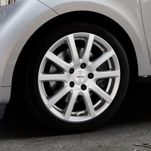 AUTEC Skandic Brillantsilber lackiert Felge mit Reifen in 16Zoll Winterfelge Alufelge auf silbernem Smart Forfour II (453) ⬇️ mit 15mm Tieferlegung ⬇️ Industriehalle 1 Thumbnail