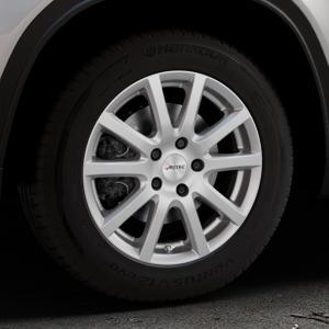 AUTEC Skandic Brillantsilber lackiert Felge mit Reifen in 16Zoll Winterfelge Alufelge auf silbernem Suzuki Vitara Typ LY ⬇️ mit 15mm Tieferlegung ⬇️ Industriehalle 1 Thumbnail