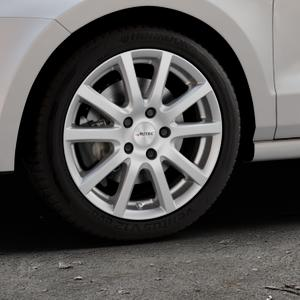 AUTEC Skandic Brillantsilber lackiert Felge mit Reifen in 16Zoll Winterfelge Alufelge auf silbernem Volkswagen (VW) Polo V Typ 6C 1,0l 44kW (60 PS) 55kW (75 1,2l TSI 66kW (90 81kW (110 1,4l TDI 77kW (105 110kW (150 70kW (95 ⬇️ mit 15mm Tieferlegung ⬇️ Industriehalle 1 Thumbnail