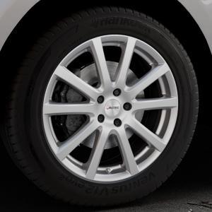 AUTEC Skandic Brillantsilber lackiert Felge mit Reifen in 19Zoll Winterfelge Alufelge auf silbernem Jaguar F-Pace Typ DC ⬇️ mit 15mm Tieferlegung ⬇️ Industriehalle 1 Thumbnail